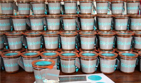 kuchen im glas als gastgeschenk beliebte rezepte von urlaub kuchen foto blog. Black Bedroom Furniture Sets. Home Design Ideas